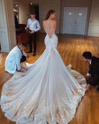 Charming Strapless Lace Up Back Lace Fit And Flare Mermaid Wedding Dress_2