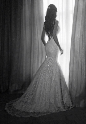 Vintage Mermaid Wedding Dresses Cap Sleeves Lace Appliques Crystal Beads Backless Bridal Gowns_1