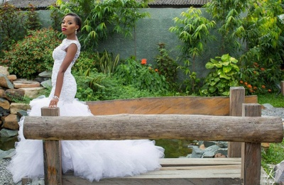 Jewel Sleeveless Mermaid Wedding Dresses with Tiered Tulle Train_4