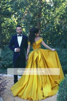 Glamorous Elegant Off-the-Shoulder A-Line Beadings Ruffles Prom Dress_1