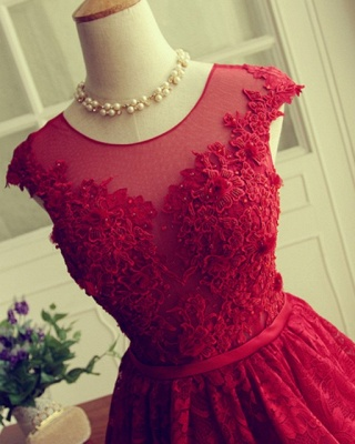 Red Short Lace Applqiues Homecoming Dress Cap Sleeves A-Line Cocktail Dresses_4