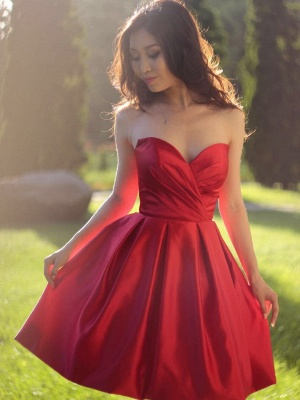 Simple Red Short Homecoming Dresses | Sweetheart Neck Puffy Cocktail Dresses_2