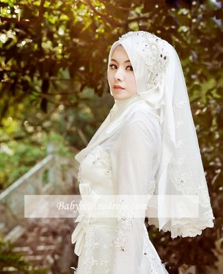 Arabic Delicate White Bow A-line Wedding Dress with Beadings_1