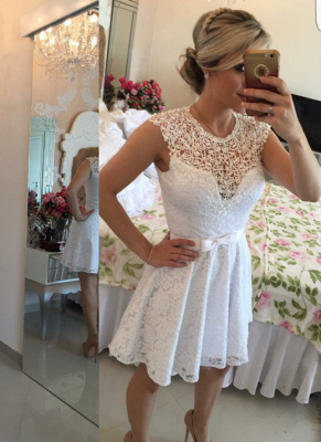 Lace Beaded Capped Sleeves White Short Homecoming Dresses_2