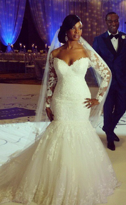 Lace Long Sleeves Fit and Flare Wedding Dresses Beaded Illusion Court Train Sexy Bridal Gowns_1