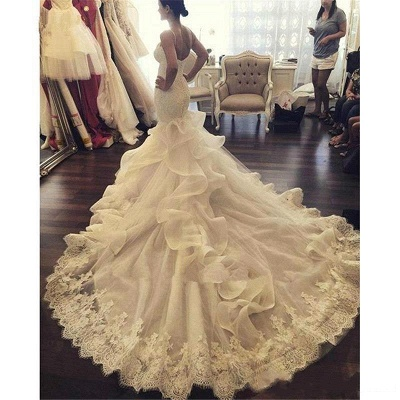 Elegant Fit and Flare Wedding Dresses Spaghettis Straps Bridal Gowns with Ruffles_5