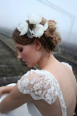 Vintage Beach Wedding Dresses Capped Sleeves Backless Lace Appliques Bow Back Bridal Dresses_4