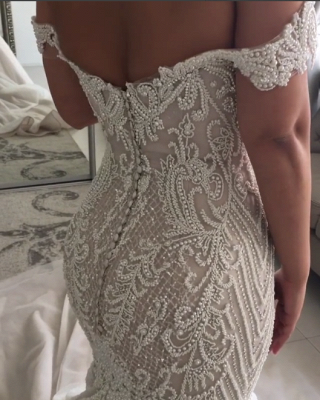 Gorgeous Pearls Mermaid Wedding Dresses   Off-the-Shoulder Long Bridal Gowns_4
