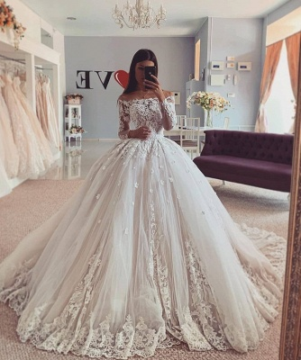 Graceful Long Sleeve Off The Shoulder Applique Floor Length Ball Gown Wedding Dresses_2