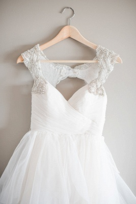 New Arrival Tulle Straps Cap-Sleeve A-line Wedding Dress With Beadings_3