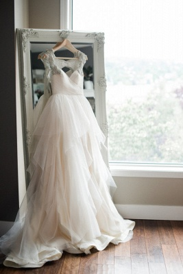 New Arrival Tulle Straps Cap-Sleeve A-line Wedding Dress With Beadings_2
