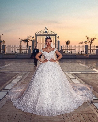 Off the Shoulder Sweetheart Ball Gown Exquisite Lace Wedding Dresses_2