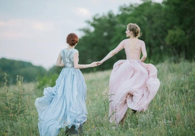 Sheer Lace Chiffon Bridesmaid Dresses Half Long Sleeves Ruffles Long Maid of Honor Dresses_3