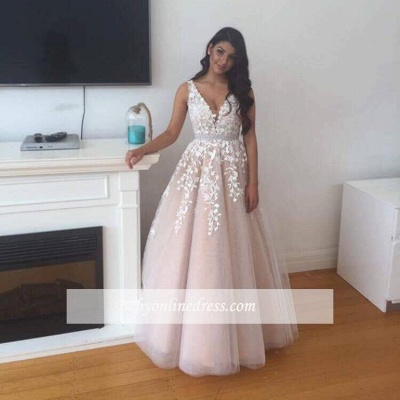 Gorgeous Tulle V-Neck Prom Dress 2018 Appliques Lace Evening Gowns_1