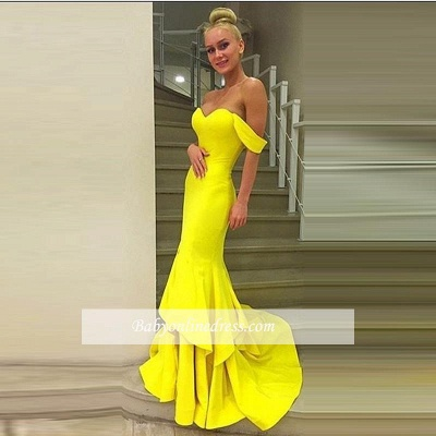 Sexy Off-the-Shoulder Mermaid Prom Dress 2018 Sweep-Train Tiered Evening Gowns_1