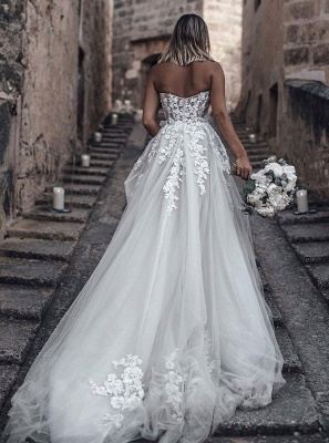 Sweetheart Beach Wedding Dresses   Strapless Lace Bridal Gowns for Barn Wedding_2