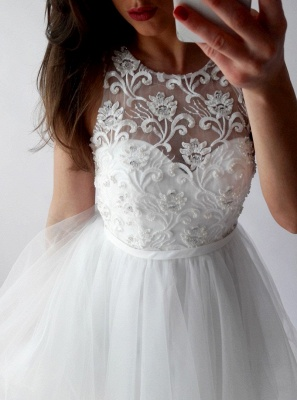 Chic White A-Line Homecoming Dresses   Scoop Sleeveless Lace Applique Organza Mini Cocktail Dresses_3