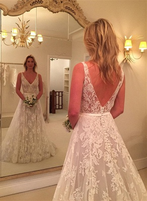 A-line Sleeveless Buttons Lace Appliques V-Neck Wedding Dress_3