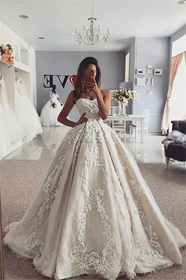 Strapless Appliques Ball Gown Sweetheart Lace Wedding Dresses_1