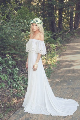 Bohemian A-line Wedding Dresses Off the Shoulder Summer Simple Bridal Gowns_1