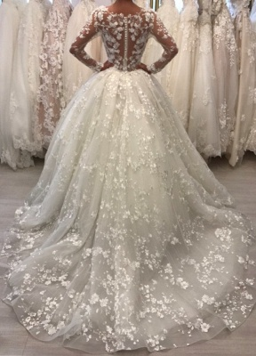 Round Neck Vintage Lace Ball Gown Wedding Dresses with Long Sleeves_3