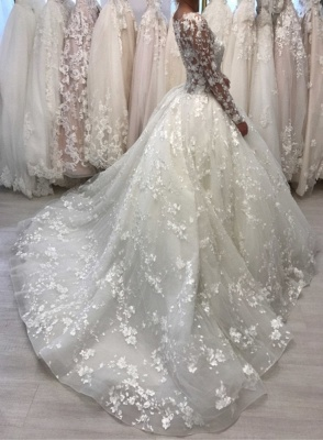 Round Neck Vintage Lace Ball Gown Wedding Dresses with Long Sleeves_2