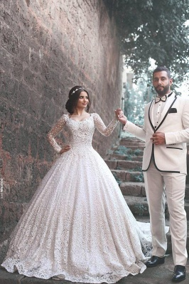 2020 Ball Gown Wedding Dresses Long Sleeves Chapel Train Bridal Gowns with Beadings_3