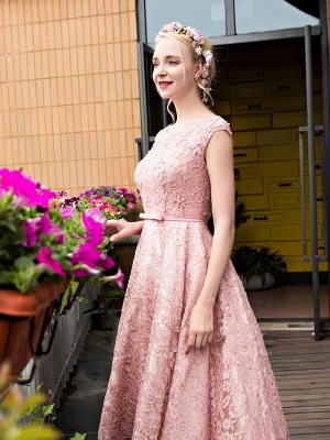 Glamorous Tea-Length A-Line Lace-up Lace Homecoming Dresses with Beadings_3