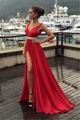 Red Prom Dresses V Neck Beaded Sexy Side Slit Evening Gowns_4